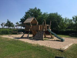 Privat legeplads på Park Alle i Ølstykke