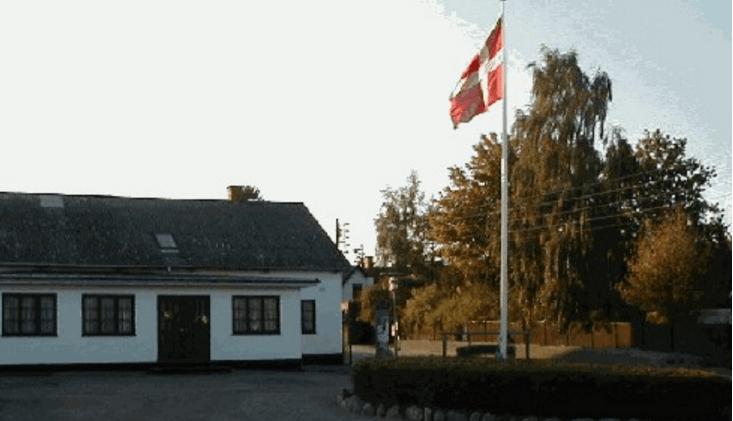 Gundsømagle Forsamlingshus – Festlokaler med plads til 150 gæster.