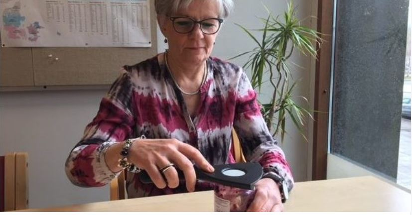 Nu kan borgere låne hjælpemidler til hverdagens udfordringer på biblioteket