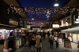 Juletræstænding i Egedal Centret