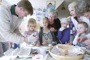 Påske-sjov med æg på Skenkelsø Mølle Museum
