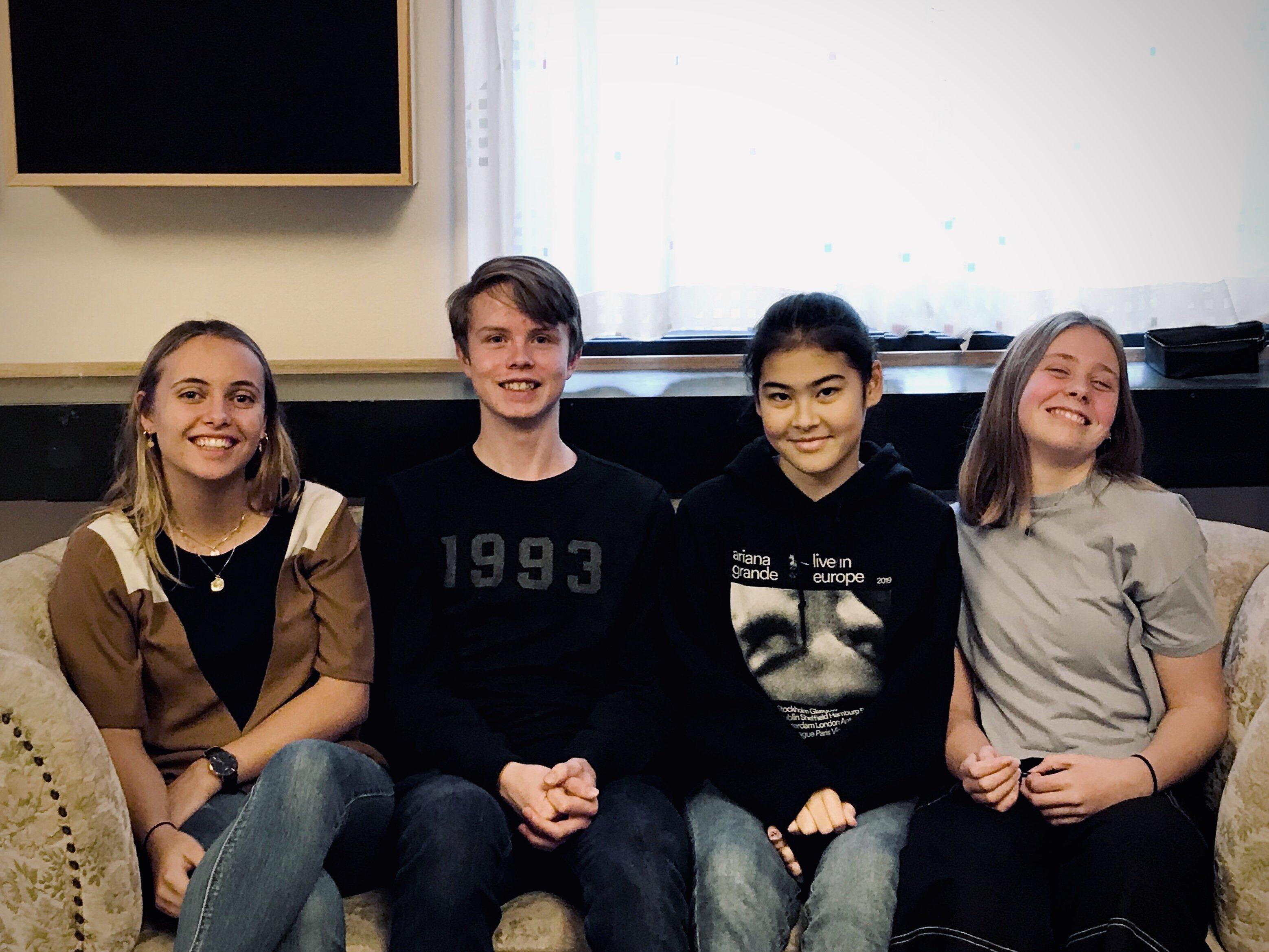 """Fokuslinjens elever optræder til årets sidste """"På Egne Ben"""" i Egedal Centret."""
