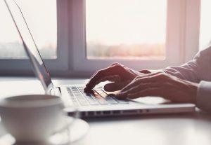 Erhvervshuset afholder webinarer hjælpepakkerne for erhvervsdrivende