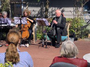Musik og fællessang på plejecentrene
