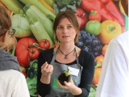 Michelle har sadlet om under coronakrisen: <br>Fra madformidler til underviser i hygiejne.