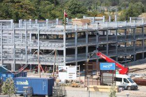 Rejsegilde på nyt parkeringshus i Egedal By