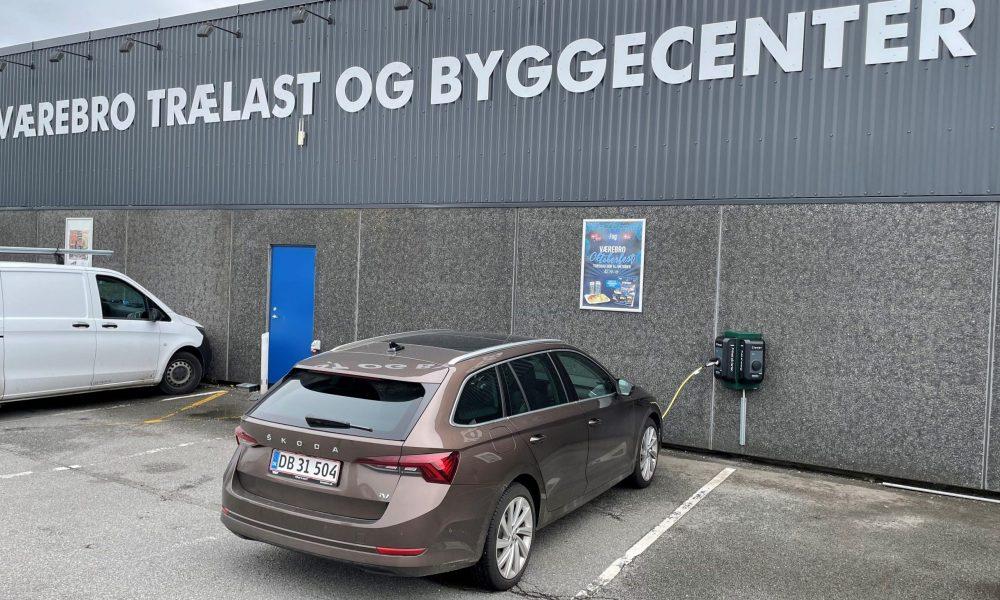 Godt nyt for Egedals elbilister: 2 nye ladestandere i Ølstykke