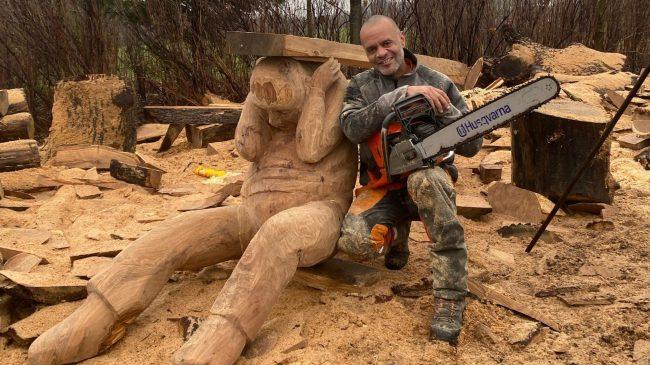 Skulpturer indvies ved aktiv fernisering